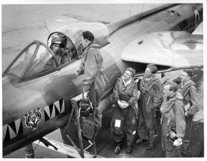 Ian Cadwallader (cockpit) , Peter Budd, Ian Sheppard, John Atkinson, Rock Hudson, Mike Ginn.