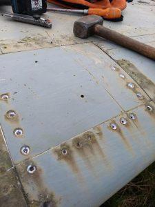Inboard LE flap actuator access panel